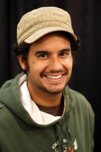 """El director , Álvaro Aponte Centeno, primer director puertorriqueño en llegar al Festival de Cannes con su cortometraje """"Mi Santa Mirada"""" (Tomada de Cannes-Festival.fr)"""