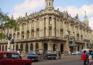 Edificio ubicado en la Habana Vieja, área colonial de la ciudad (tomada de fernandopineda.com)